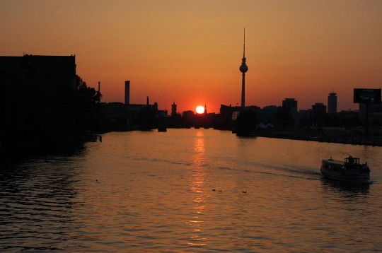 Berlin at sunset. Photo courtesy das_sabrinchen via Flickr.